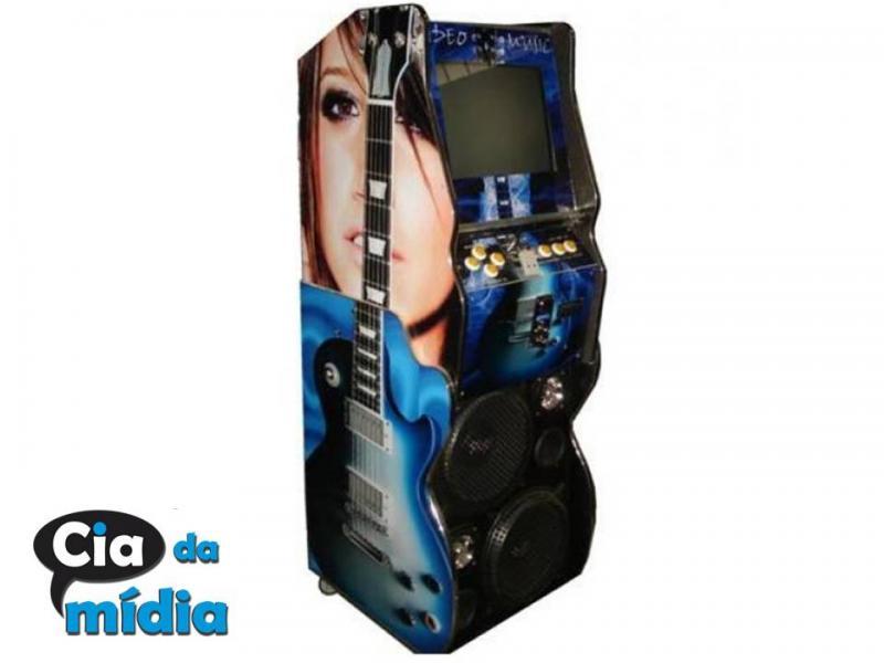 Cia da Mídia - Máquina de música maleta de chão (45X30X55)CM